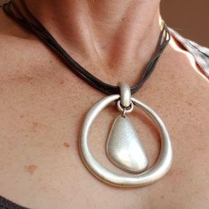 Premier designs necklace!